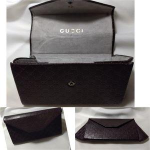 Gucci collapseable sunglasses case